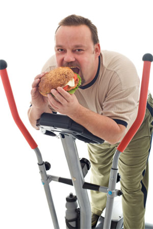 Gym Fails - Eating at the Gym